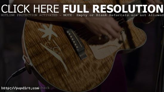 Colbie Caillat guitar closeup at Walmart Soundcheck